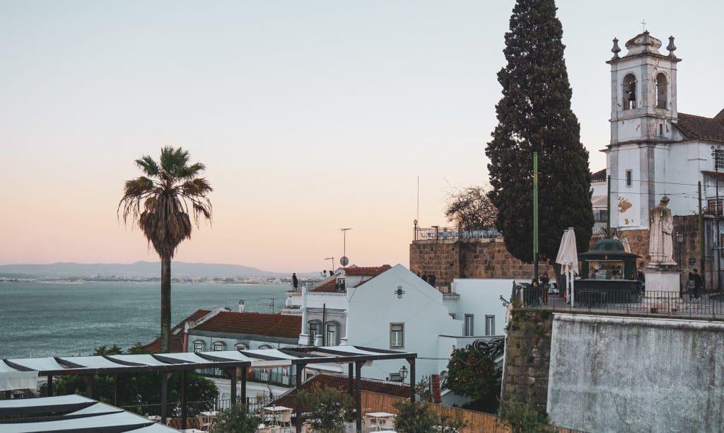 Há 2 planos para recuperar e reabilitar centro histórico e 30 bairros de Lisboa