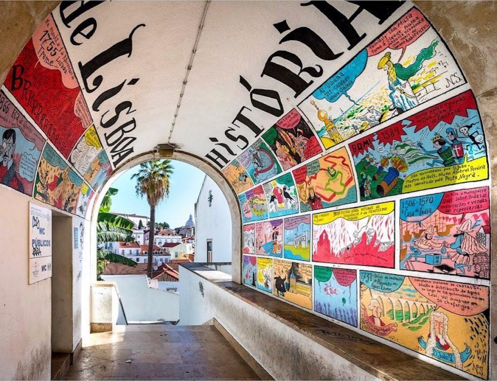 Sítios insólitos em Lisboa: a história de Lisboa em banda desenhada, no bairro de Alfama
