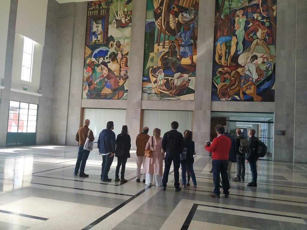 Porto de Lisboa retoma visitas gratuitas aos painéis de Almada Negreiros