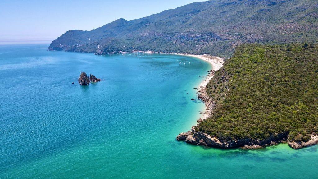 As 30 melhores praias em Portugal, segundo os nossos leitores (2021)