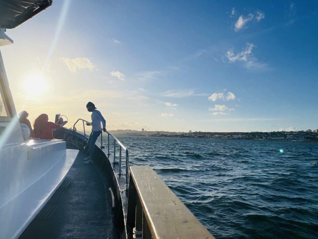Estes são os melhores passeios no Tejo, a partir de uma embarcação única em Lisboa