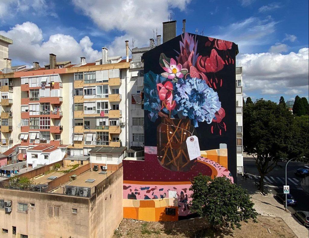 Há um novo mural para ver em Lisboa