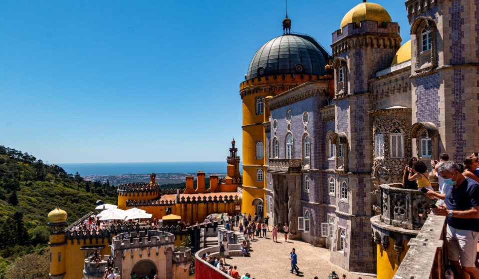 Cidades e vilas que tens mesmo de visitar perto de Lisboa