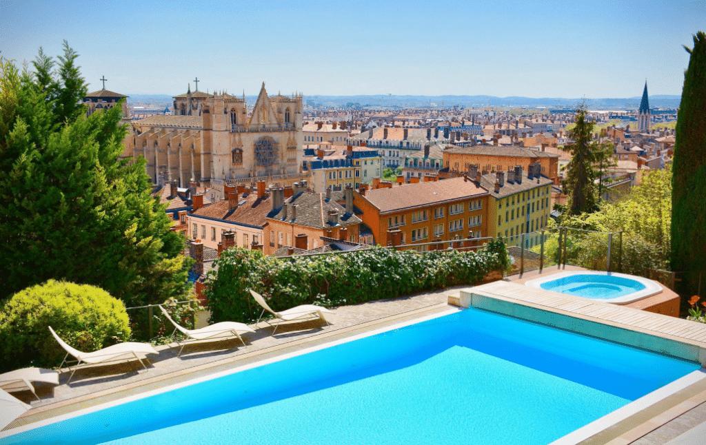 Top 5 des plus beaux rooftops de Lyon !
