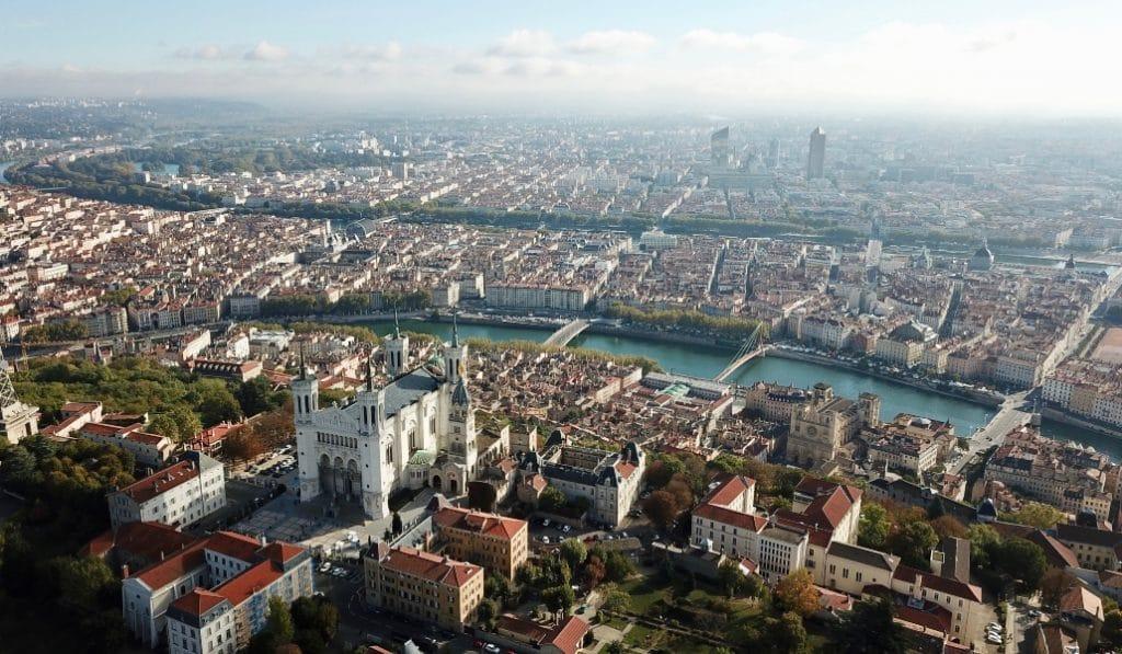 Couvre-feu : quelles sont les 58 communes concernées autour de Lyon ?