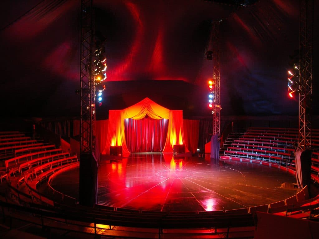 Époustouflant : le Cirque Imagine va accueillir les concerts Candlelight !