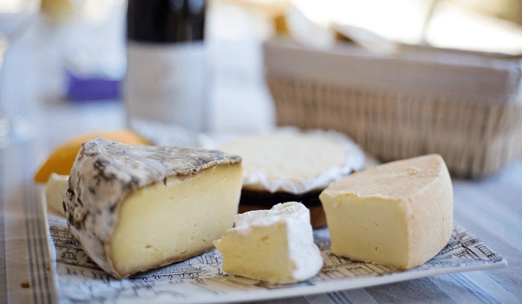 Saisonnalité des fromages : quels produits choisir pour respecter les saisons ?