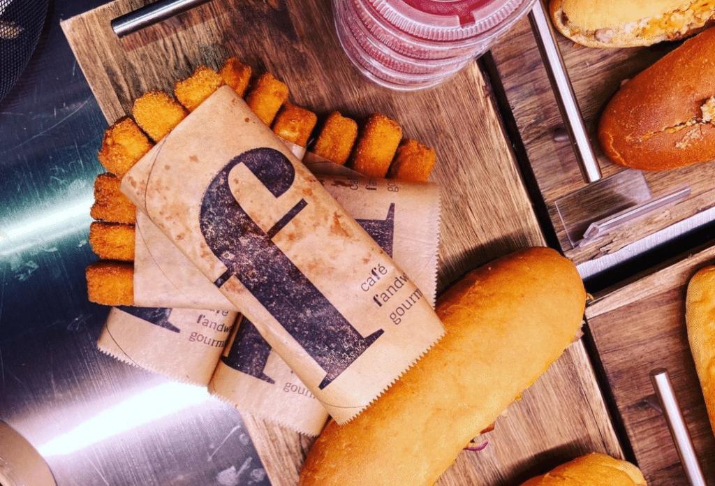Tendance food : les bâtonnets de cordon bleu au Morbier de «F comme Sandwich» !