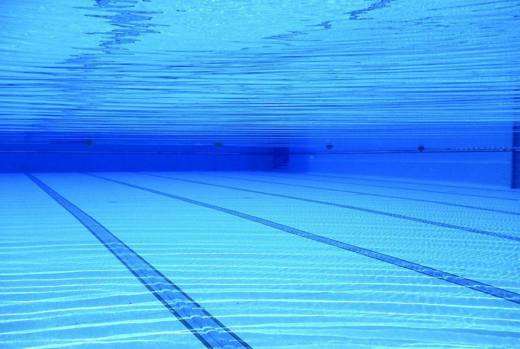 La piscine éphémère et sa grande plage de 2000 m² de retour au Parc de la Tête d'Or tout l'été !