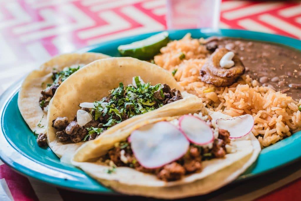Alerte job de rêve : être payé 85 000€ pour manger des tacos !