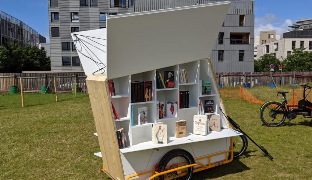 À Lyon, un vélo-bibliothèque ambulant vous apporte de quoi lire directement dans votre quartier !