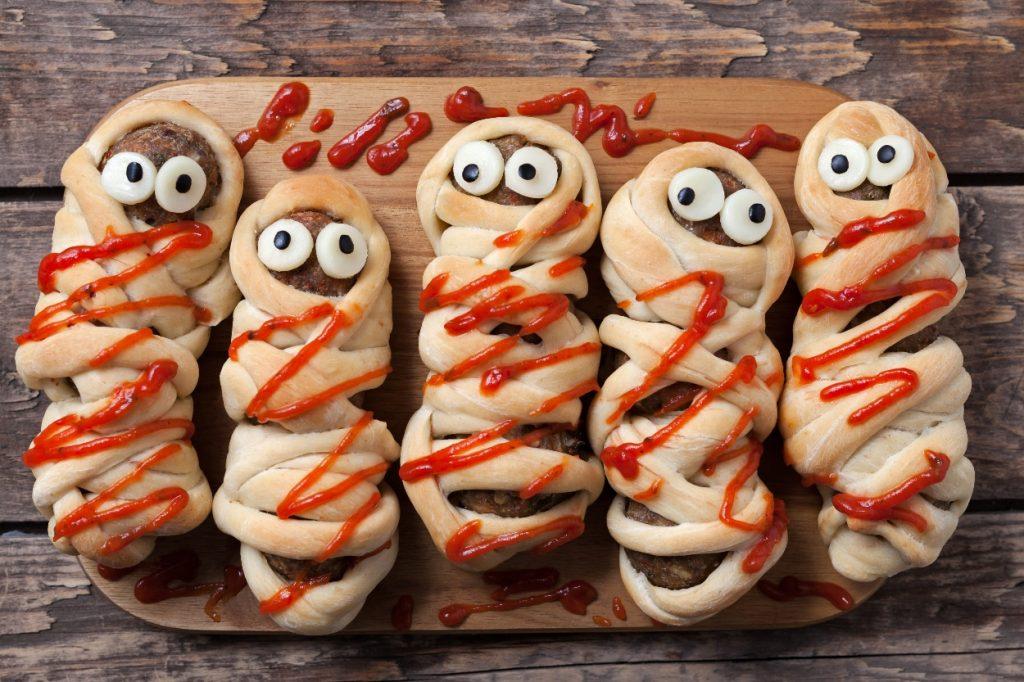 Recette : les momies saucisses, l'apéro le plus drôle d'Halloween !