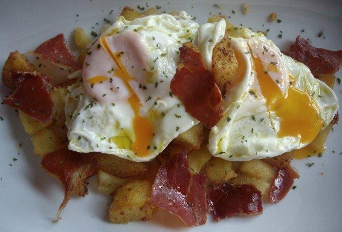 Los mejores huevos rotos de Madrid