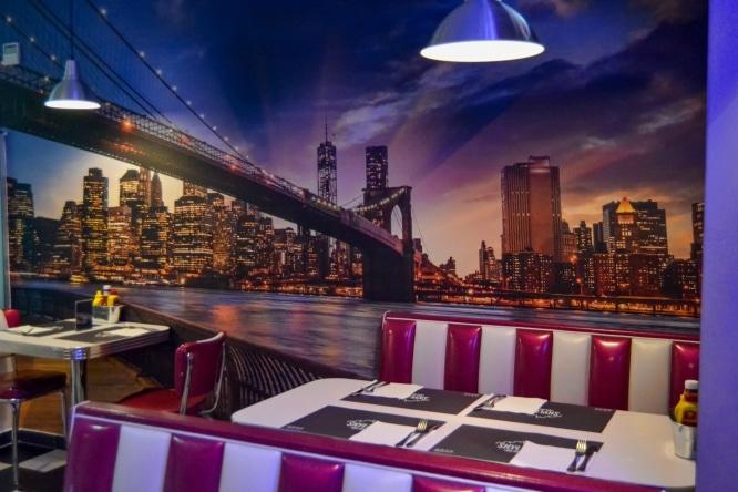Skyline diner: el día que toqué las estrellas con una hamburguesa