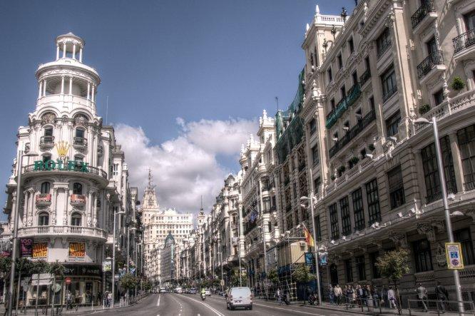 ¿Te toca quedarte en la ciudad para el Pilar?: planes para pasar el puente en Madrid