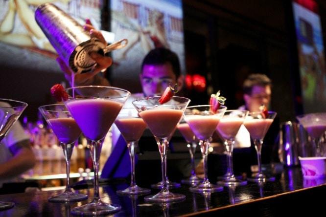 """Aquí no dirás """"una y para casa"""": bares donde empezar la noche"""