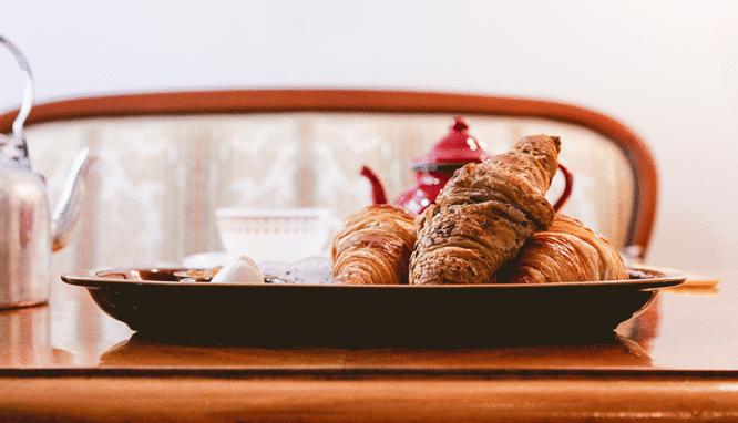 No es desayuno ni es comida, es mejor: es el brunch de El Colmao