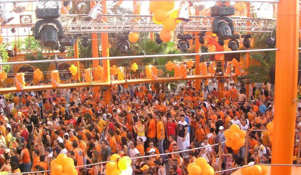 """Este año """"exprime"""" el verano madrileño con la Fiesta Naranja"""