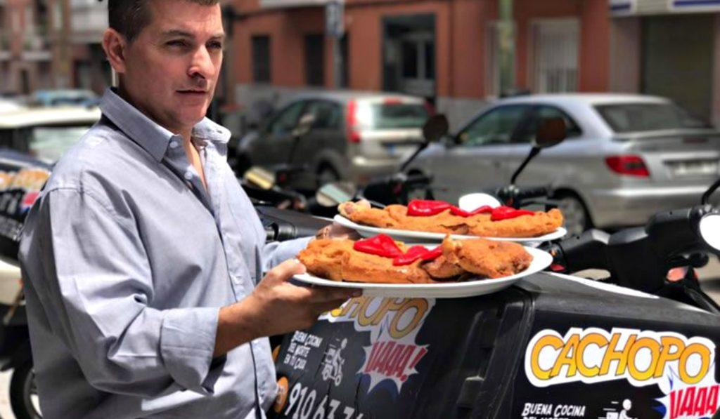 Un polémico restaurante trae los cachopos a domicilio a Madrid