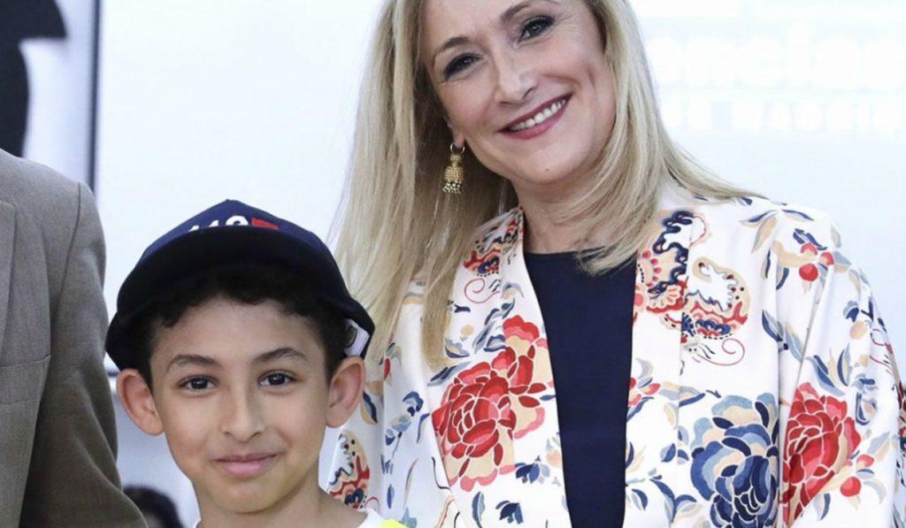 La Comunidad de Madrid premia al niño que salvó a su madre llamando al 112