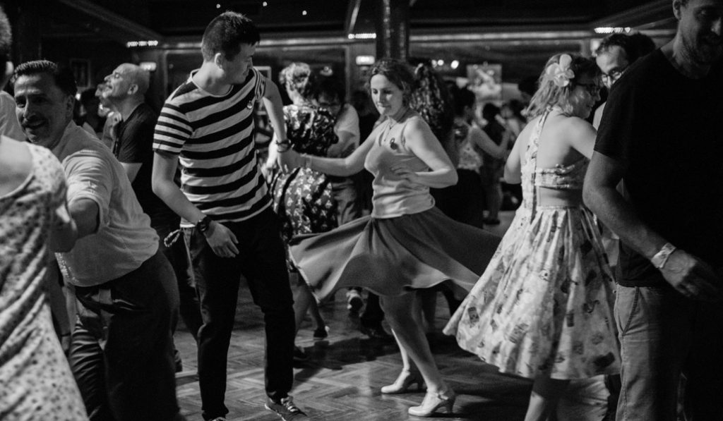 Swing, tango o bachata: dónde ir a bailarlos