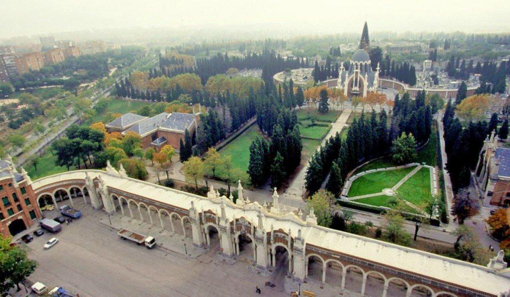 El Cementerio de la Almudena recibirá visitas guiadas a partir de marzo