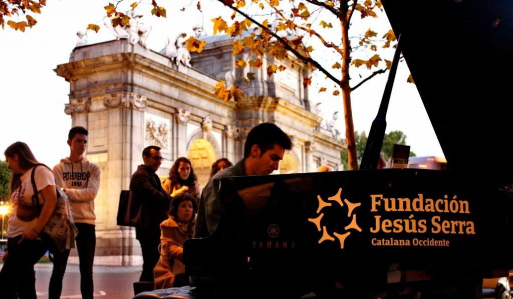 Las calles de Madrid se llenan de pianos (y los puedes tocar, si quieres)
