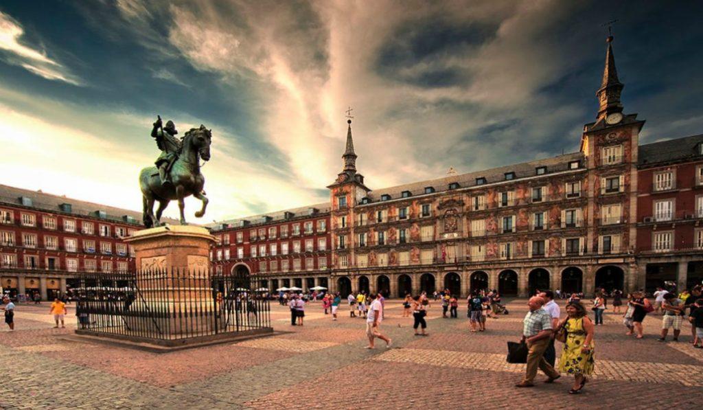 El monumento de Felipe III de la Plaza Mayor ha sido declarado BIC