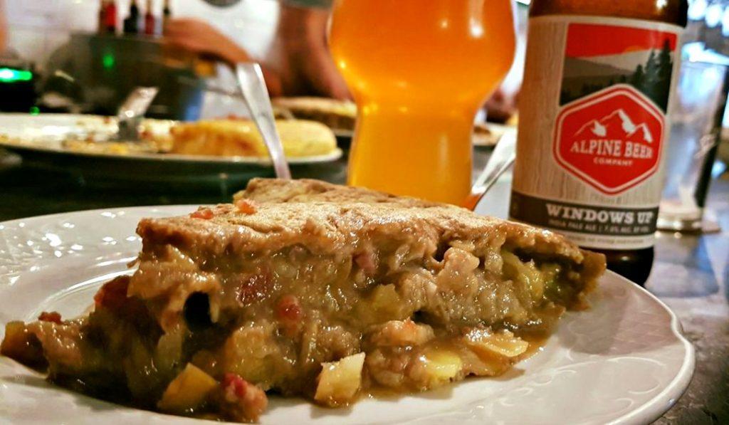 Tortillas, croquetas y birras: el auténtico triatlón está en Pez Tortilla