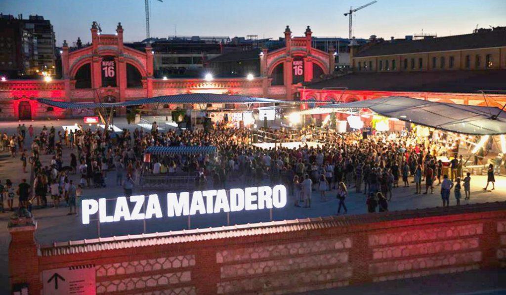 Matadero pone banda sonora al fin de semana con música en directo y talleres