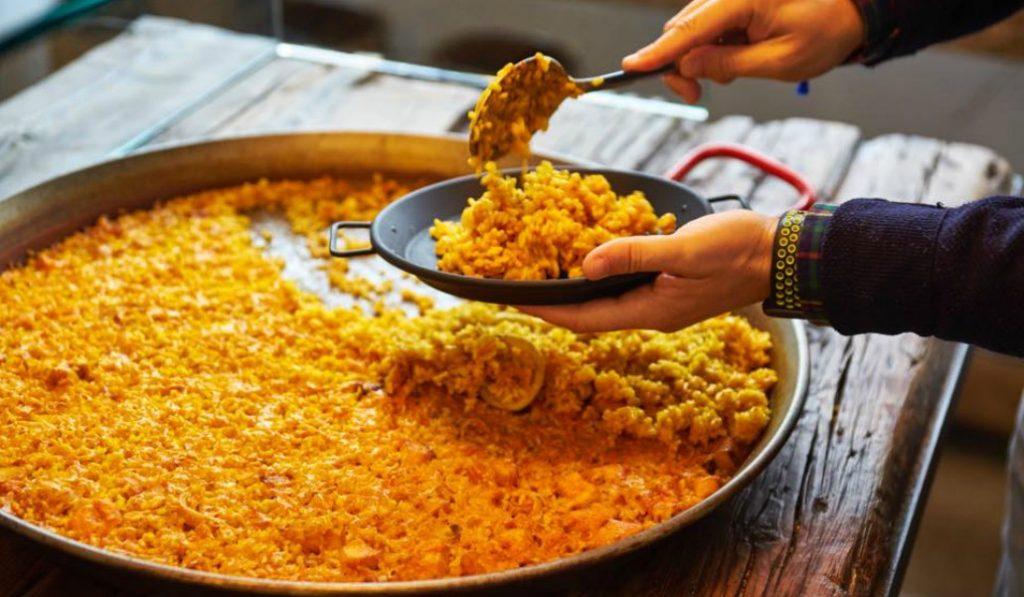 Es posible comer paella de calidad en Madrid por 8 euros