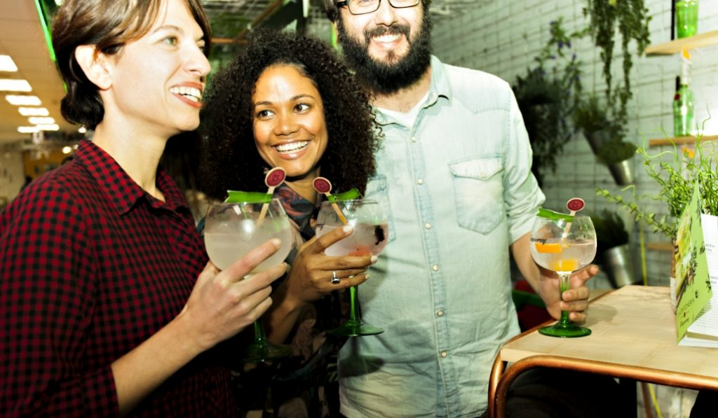 Así es tu personalidad según el gin-tonic que bebas en Madrid