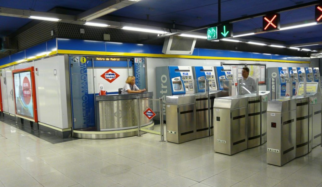 ¿Y si las puertas de acceso al Metro de Madrid estuvieran siempre abiertas?