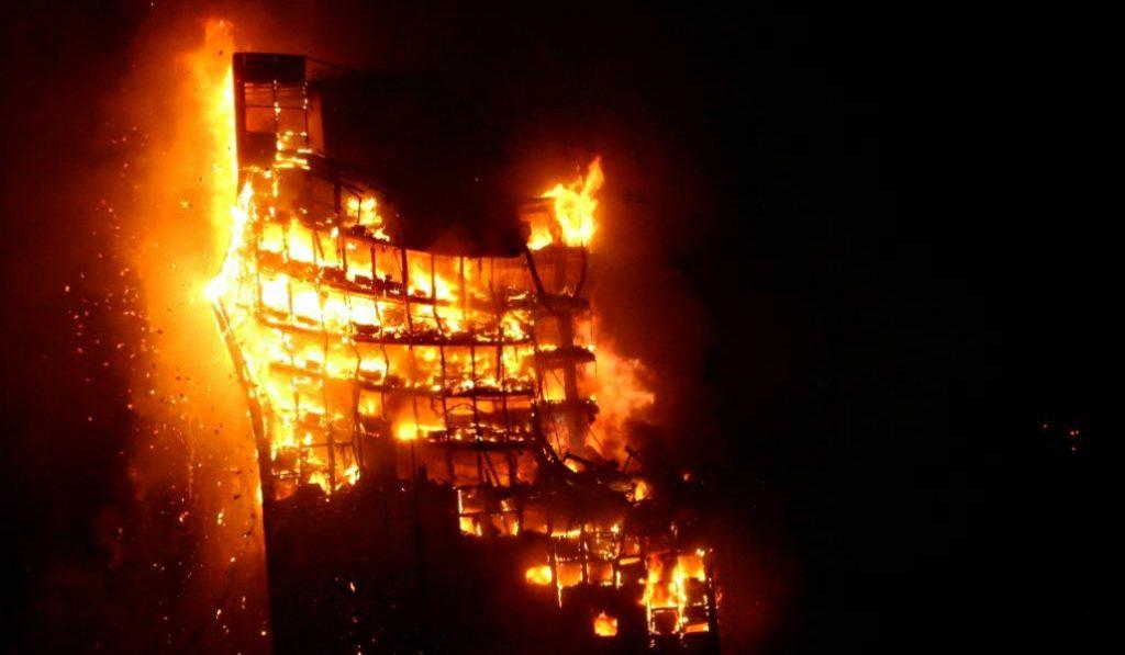 El incendio del Edificio Windsor: 13 años de incógnitas sin resolver