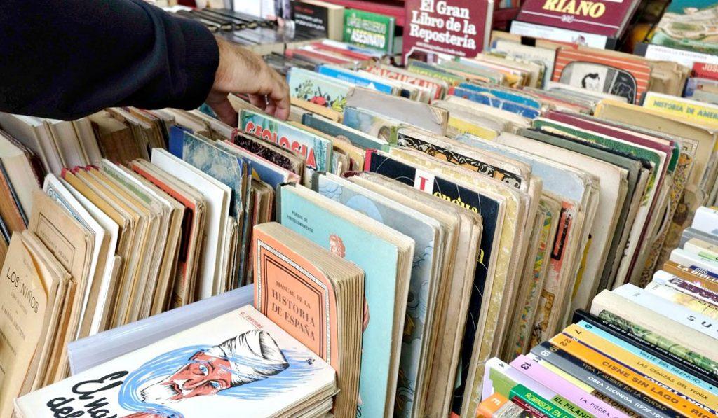 Vuelve la Feria del Libro Antiguo y de Ocasión: ¡viva el olor a libro viejo!