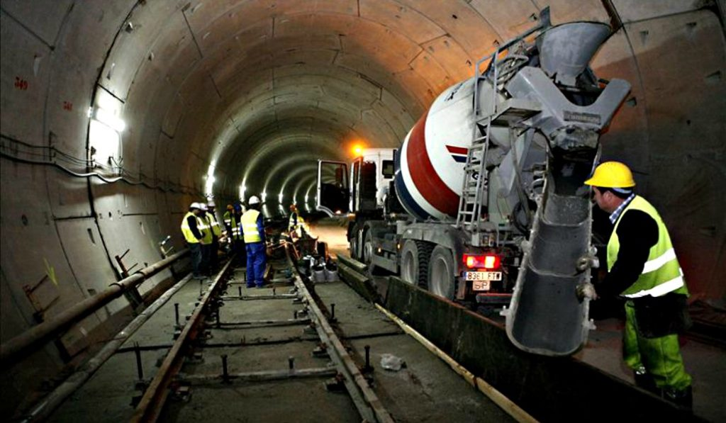 El túnel de Recoletos de Cercanías cerrará el verano de 2019 por obras