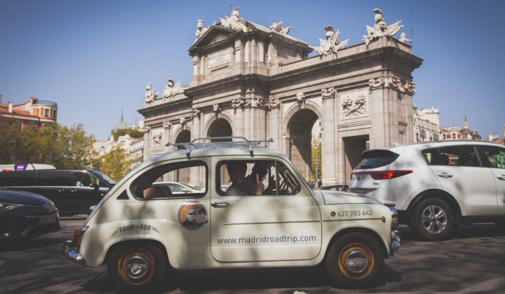 Tour en 600, cocido, flamenco y mucho más: vive este año tu San Isidro más castizo
