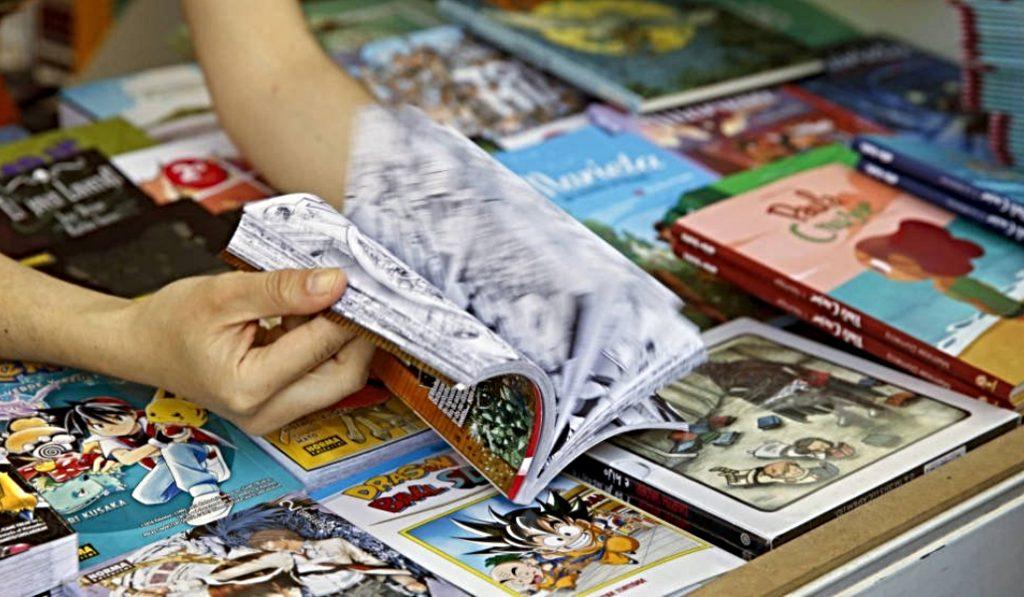 Las ventas de la Feria del Libro de Madrid caen un 7% debido a la lluvia