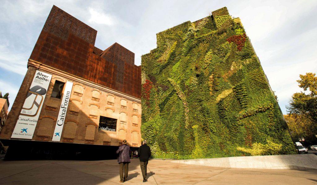 8 cosas que no sabías sobre el jardín vertical de Caixaforum Madrid