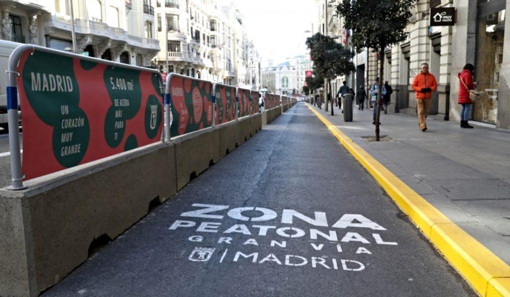 La «operación asfalto» arreglará 320 calles de Madrid