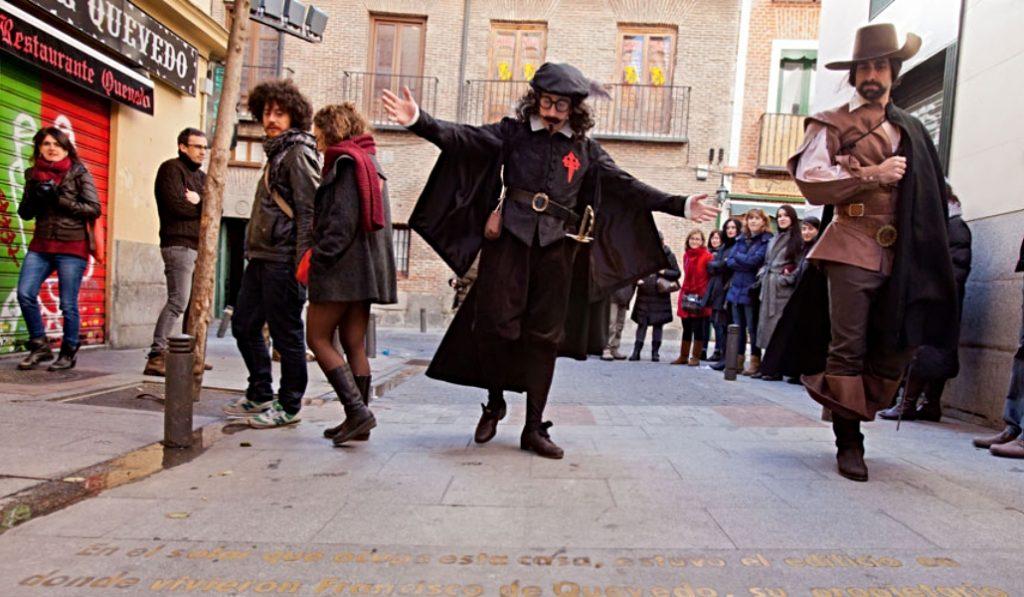'Letras y Espadas', la ruta que te descubre el Madrid más literario