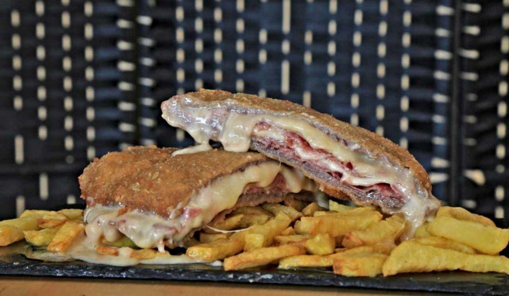 Dónde comer los mejores cachopos de Madrid