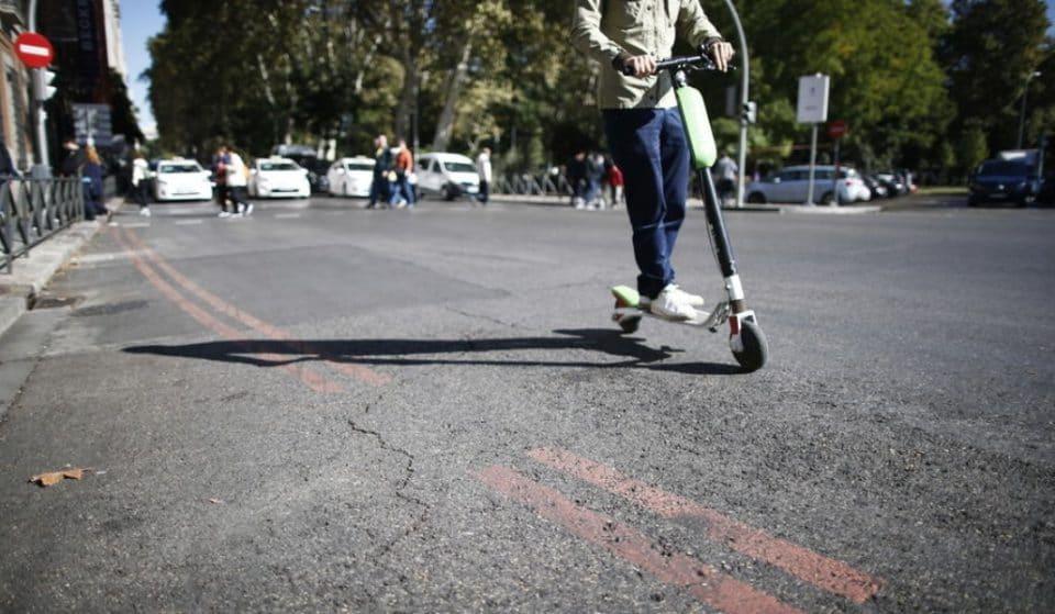 Prohibición del uso de patinetes en las aceras y limitación de la velocidad de circulación a 30 km/h