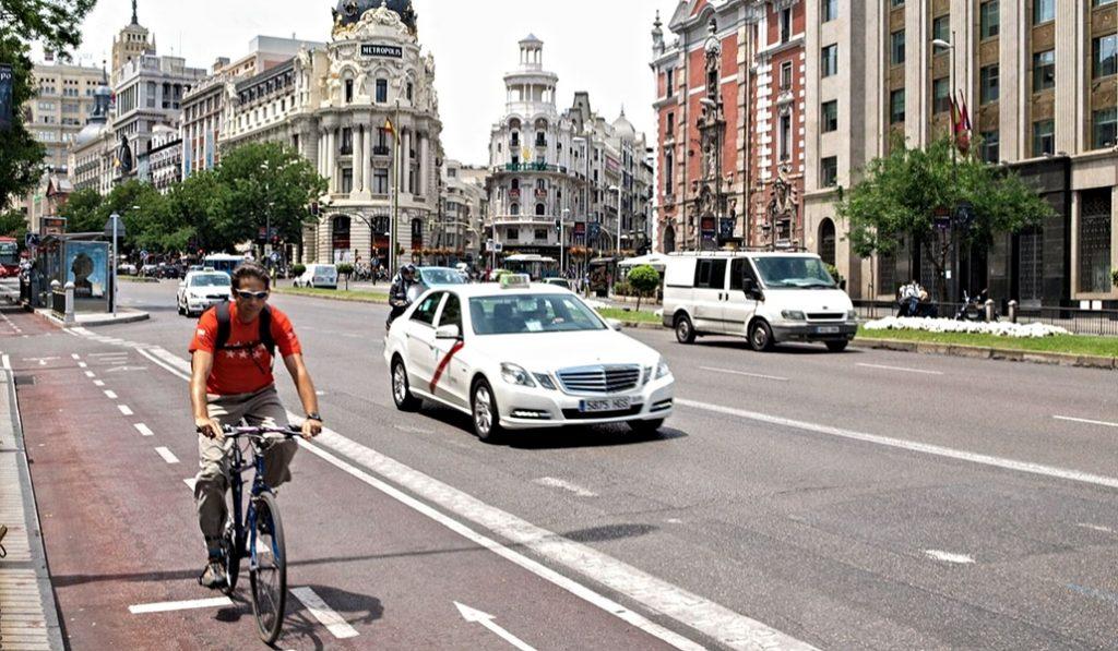 Los peatones ganan 1.270 metros de espacio en las calles de Madrid