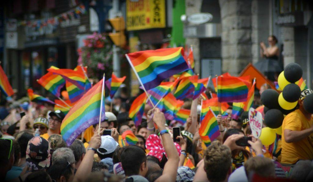El Ayuntamiento de Madrid facilitará el cambio de nombre a sus empleados 'trans'
