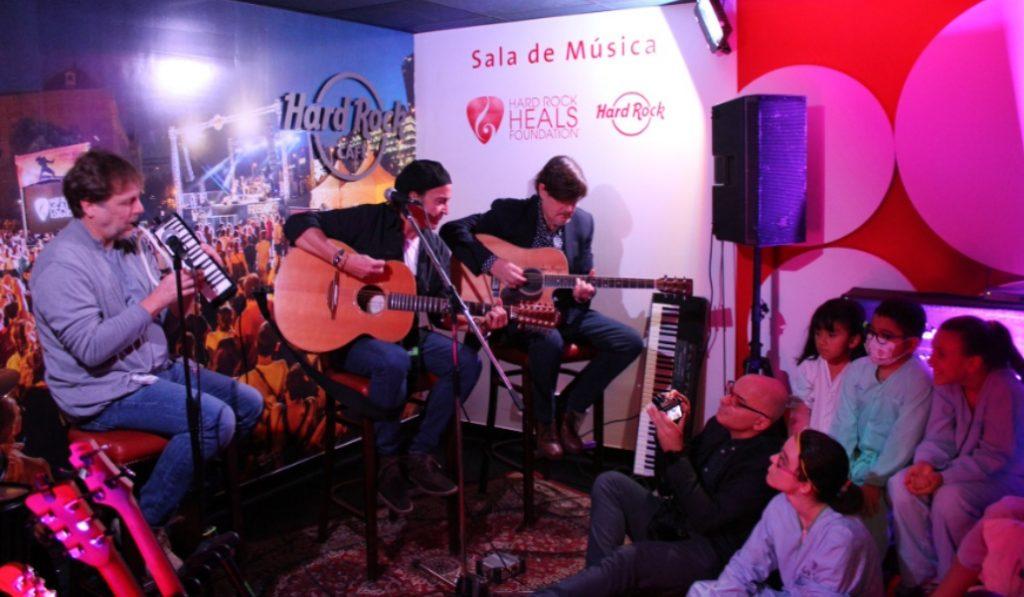 Los niños del hospital La Paz ya tienen su propia sala de rock