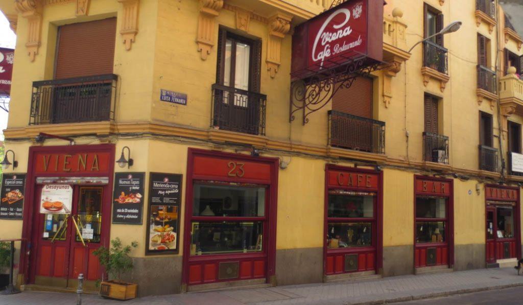 El Café Viena celebra sus 90 años con un menú de 1933
