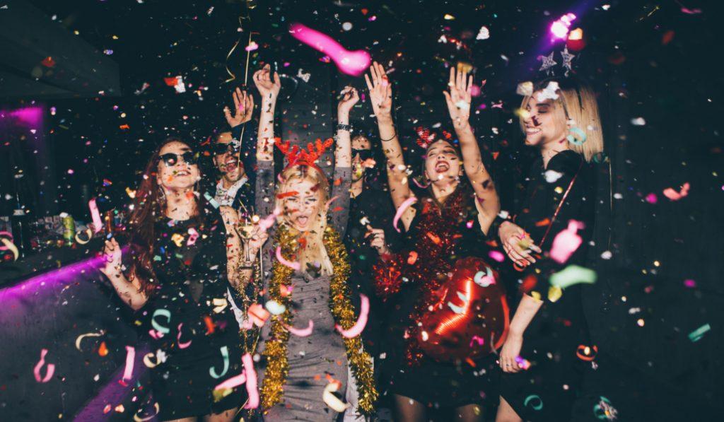 Mymo te trae la fiesta de fin de año que estabas buscando