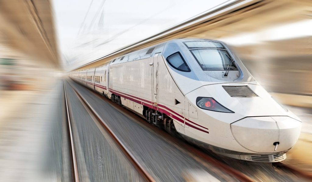 ¡Rebajas! Viaja en tren desde Madrid con descuentos de hasta el 70%