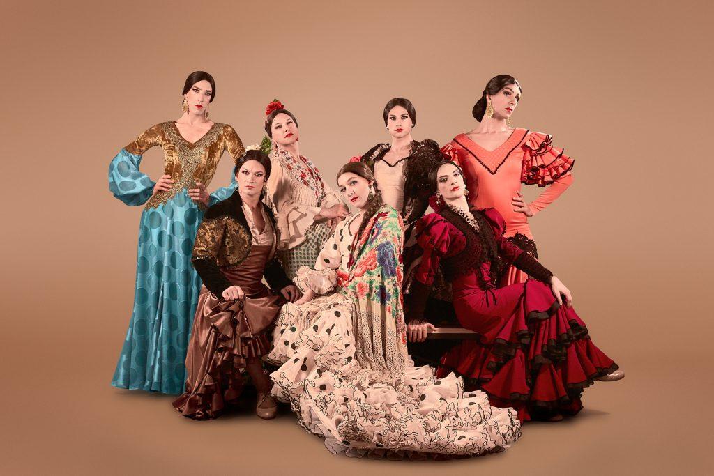 '¡Viva!': el baile flamenco de las mujeres que bailan hombres